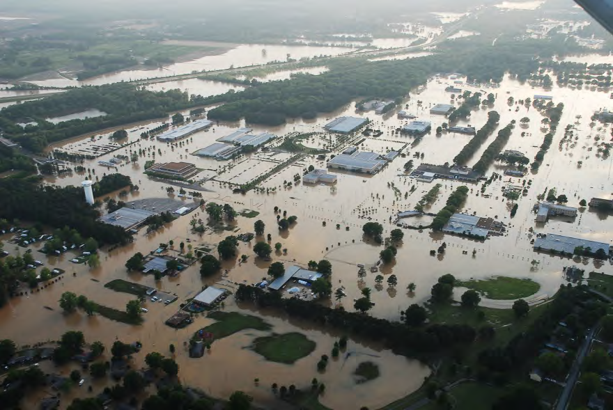 https://www.af.mil/News/Article-Display/Article/116782/rescue-center-members-assist-with-saving-330-lives-in-tennessee/